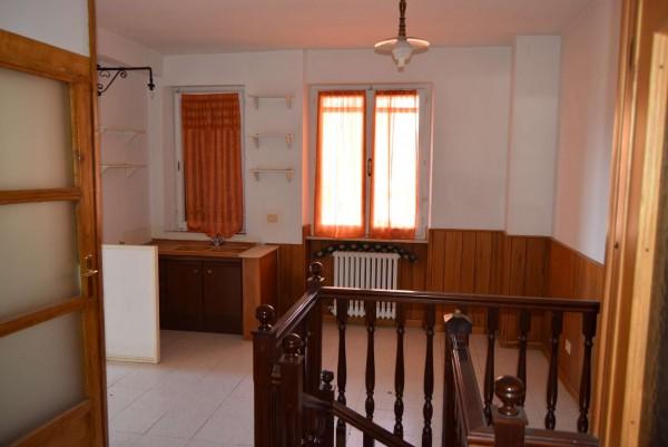 Casa indipendente in vendita a Passignano sul Trasimeno, Castel Rigole, Con giardino, 200 mq - Foto 13