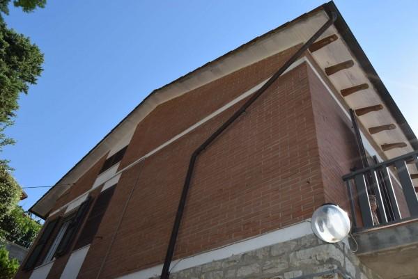 Casa indipendente in vendita a Passignano sul Trasimeno, Castel Rigole, Con giardino, 200 mq - Foto 17