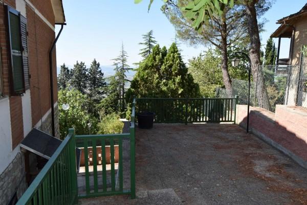 Casa indipendente in vendita a Passignano sul Trasimeno, Castel Rigole, Con giardino, 200 mq - Foto 14