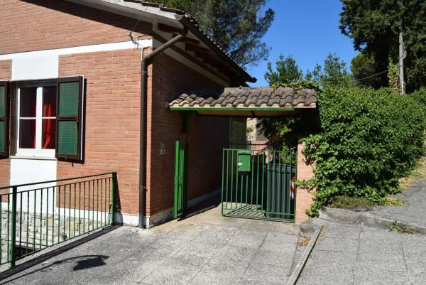 Casa indipendente in vendita a Passignano sul Trasimeno, Castel Rigole, Con giardino, 200 mq - Foto 16