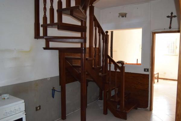 Casa indipendente in vendita a Passignano sul Trasimeno, Castel Rigole, Con giardino, 200 mq - Foto 3