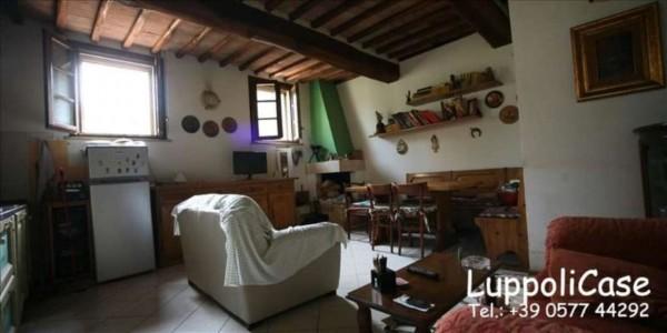 Appartamento in vendita a Siena, Con giardino, 100 mq