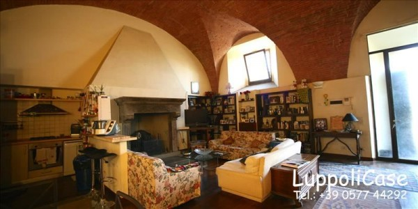 Appartamento in vendita a Siena, Arredato, 140 mq