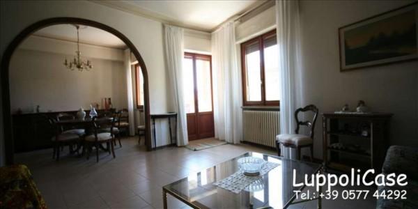 Appartamento in vendita a Siena, 150 mq