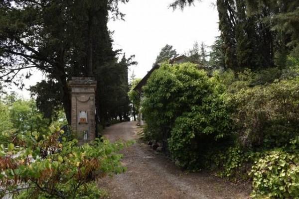 Villa in affitto a Città di Castello, Belvedere, Con giardino, 400 mq - Foto 1