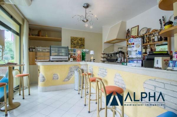 Locale Commerciale  in vendita a Bertinoro, Arredato, 300 mq