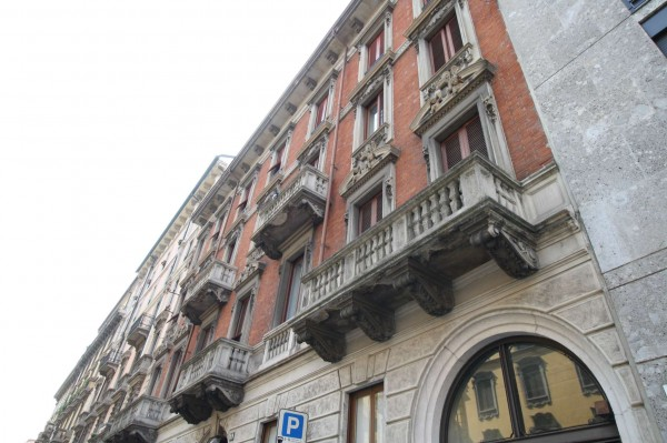 Appartamento in vendita a Milano, Cadorna, 90 mq