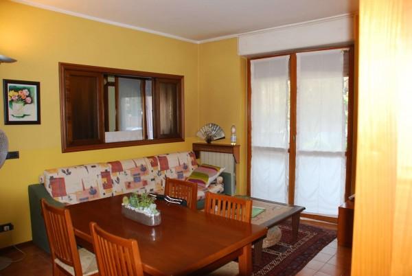 Appartamento in vendita a Vinovo, Centro Paese, Con giardino, 100 mq