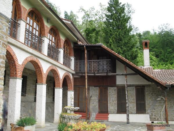 Rustico/Casale in vendita a Pezzolo Valle Uzzone, Cortemiglia, 600 mq - Foto 1