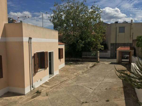 Appartamento in vendita a Dolianova, Centrale, Con giardino, 149 mq - Foto 1