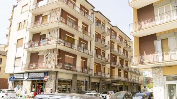 Appartamento in vendita a Avellino, Piazza Macello, 130 mq - Foto 3