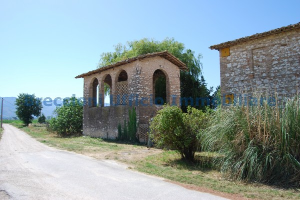 Rustico/Casale in vendita a Trevi, Frazione, Con giardino, 300 mq - Foto 3