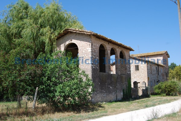 Rustico/Casale in vendita a Trevi, Frazione, Con giardino, 300 mq - Foto 1