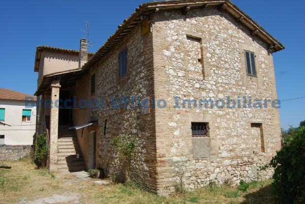 Rustico/Casale in vendita a Trevi, Frazione, Con giardino, 300 mq - Foto 14