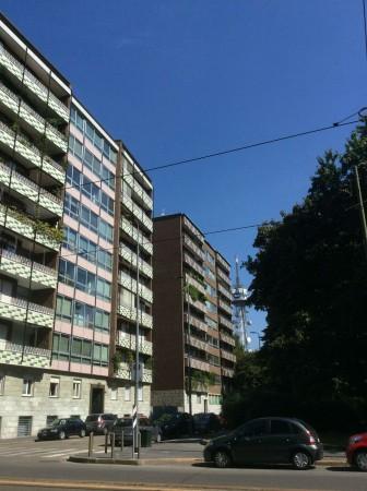 Ufficio in vendita a Milano, Via Vincenzo Monti, 230 mq