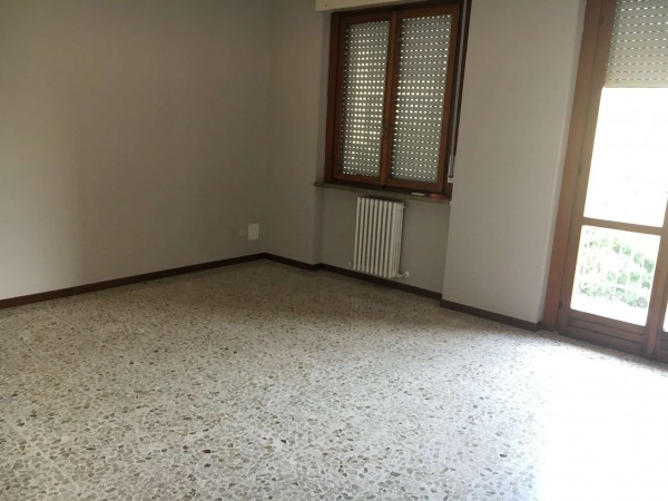 Appartamento in vendita a Spino d'Adda, Residenziale, Con giardino, 121 mq - Foto 2