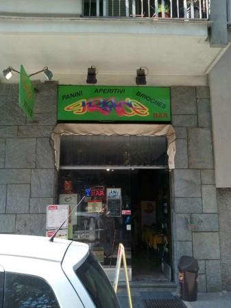 Locale Commerciale  in vendita a Torino, Corso Svizzera Fronte Enel, Arredato, 40 mq