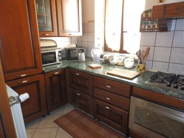 Casa indipendente in vendita a Verano Brianza, Parco Del Lambro, Con giardino, 140 mq - Foto 14