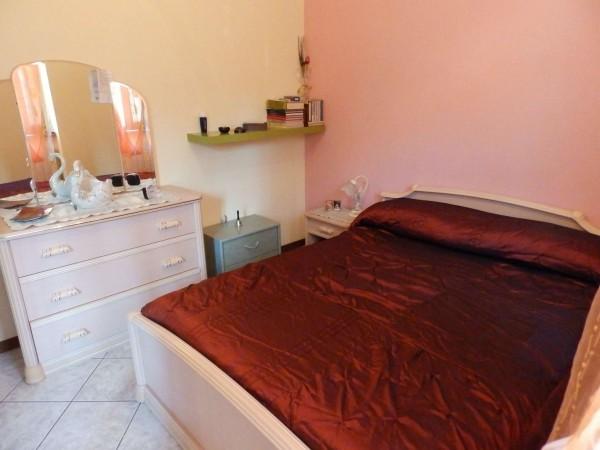 Casa indipendente in vendita a Verano Brianza, Parco Del Lambro, Con giardino, 140 mq - Foto 3