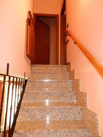 Casa indipendente in vendita a Verano Brianza, Parco Del Lambro, Con giardino, 140 mq - Foto 10