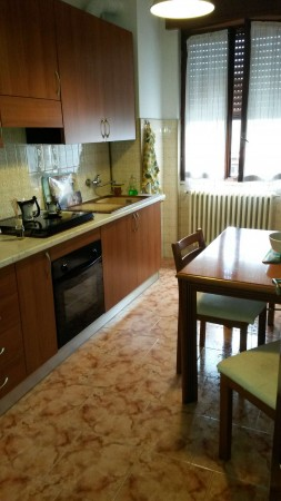 Appartamento in vendita a Garbagnate Milanese, Arredato, 98 mq