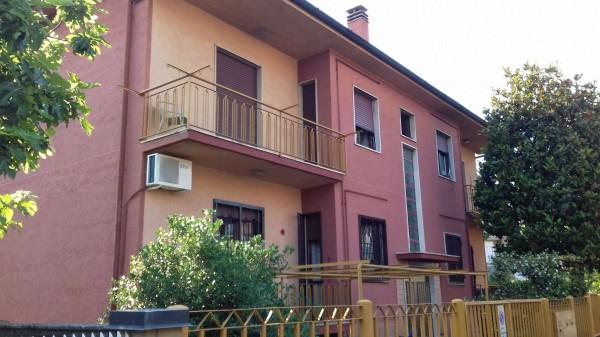 Appartamento in vendita a Garbagnate Milanese, 105 mq