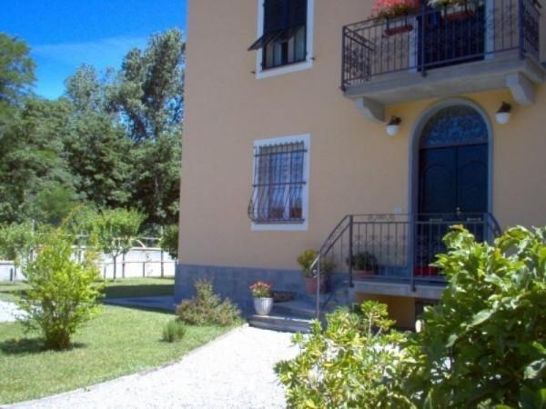 Villa in vendita a Busalla, Sarissola, Con giardino, 250 mq