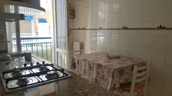 Appartamento in vendita a Chiavari, Centro, 70 mq