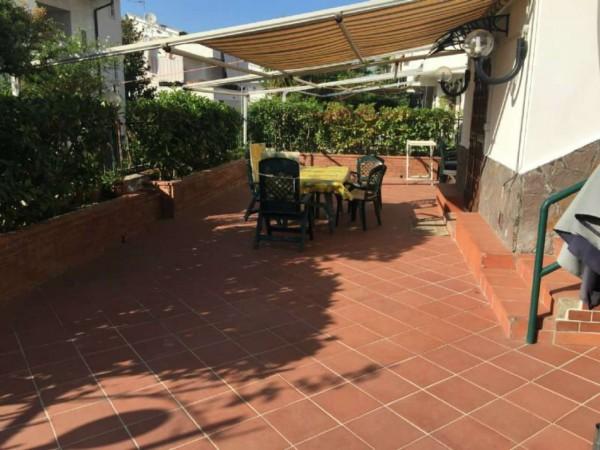 Villa in vendita a Pollena Trocchia, Con giardino, 300 mq