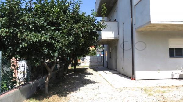 Appartamento in vendita a Cesenatico, Villamarina, 95 mq
