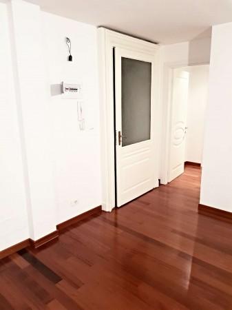 Appartamento in affitto a Torino, 130 mq