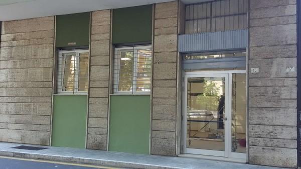 Negozio in vendita a Modena, 110 mq - Foto 2