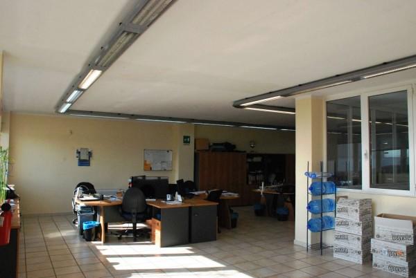 Capannone in vendita a Piobesi Torinese, Industriale/artigianale, 380 mq - Foto 1