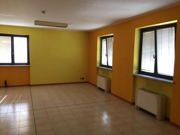 Ufficio in vendita a Nichelino, 85 mq