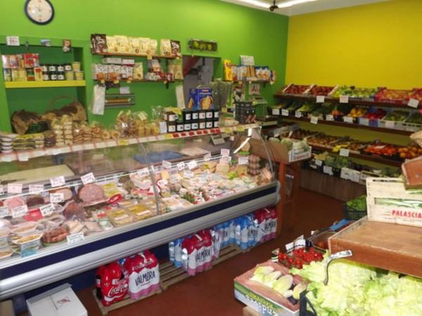 Locale Commerciale  in vendita a Torino, Crocetta, Arredato, 40 mq