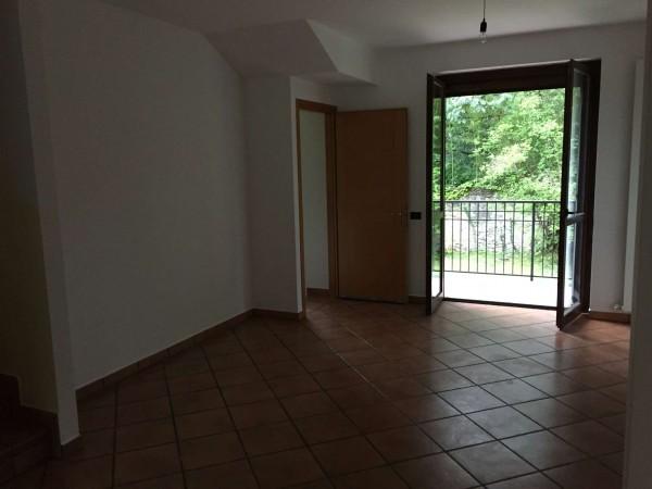 Villa in vendita a Cittiglio, Con giardino, 210 mq - Foto 24