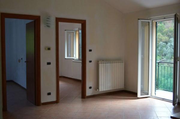 Appartamento in vendita a Avegno, Avegno, Con giardino, 70 mq