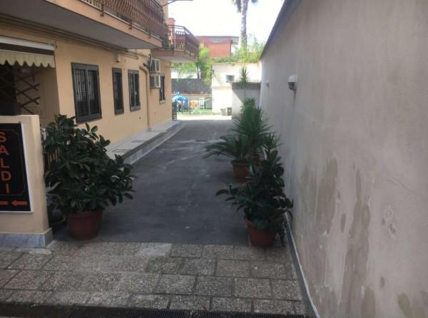 Negozio in vendita a San Giorgio a Cremano, 140 mq - Foto 4