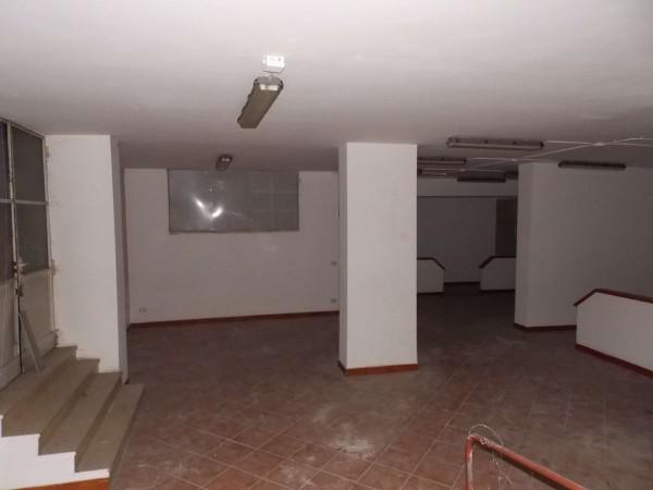 Locale Commerciale  in vendita a Milano, 300 mq - Foto 16