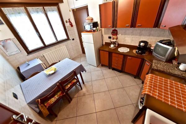 Casa indipendente in vendita a Muggiò, San Carlo, Con giardino, 98 mq