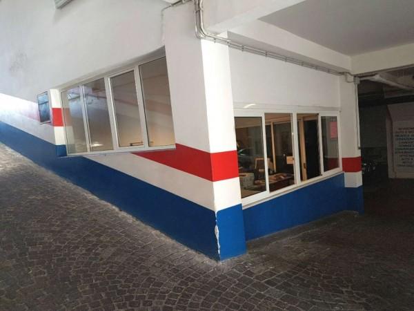 Locale Commerciale  in vendita a Roma, Torrevecchia, 1300 mq - Foto 4