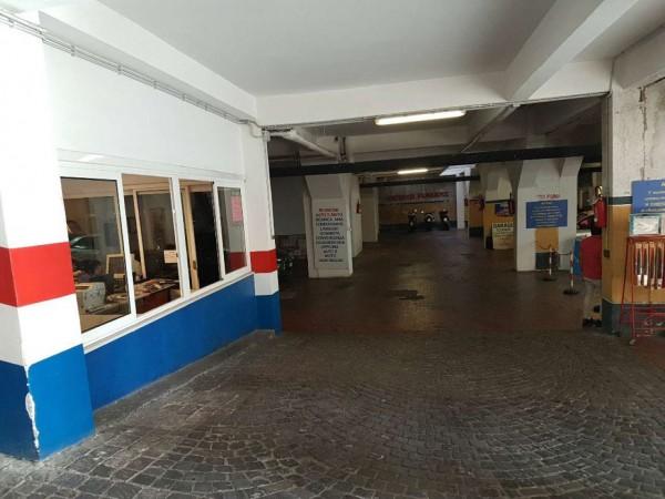 Locale Commerciale  in vendita a Roma, Torrevecchia, 1300 mq - Foto 3