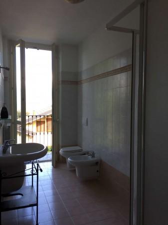 Appartamento in vendita a Azzate, Centro, Arredato, con giardino, 65 mq - Foto 17