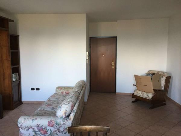 Appartamento in vendita a Azzate, Centro, Arredato, con giardino, 65 mq - Foto 13