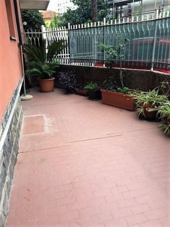 Appartamento in vendita a Rapallo, Centrale, Arredato, con giardino, 70 mq