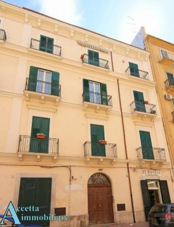 Appartamento in vendita a Taranto, Centrale, Arredato, 105 mq