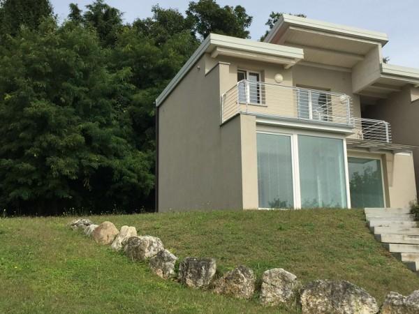 Villa in vendita a Gavirate, Voltorre, Con giardino, 200 mq