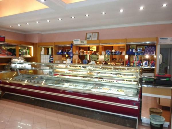 Locale Commerciale  in vendita a Roma, Casal Del Marmo, Arredato, 140 mq - Foto 13