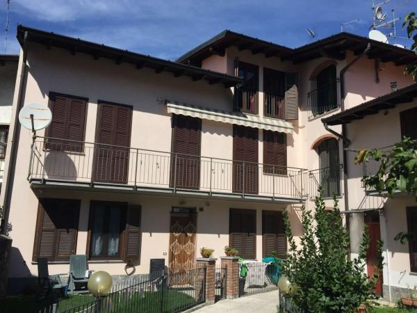 Appartamento in vendita a Cuveglio, Centrale, Con giardino, 85 mq - Foto 2