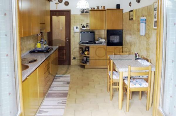 Appartamento in vendita a Milano, Gratosoglio/feraboli, 82 mq